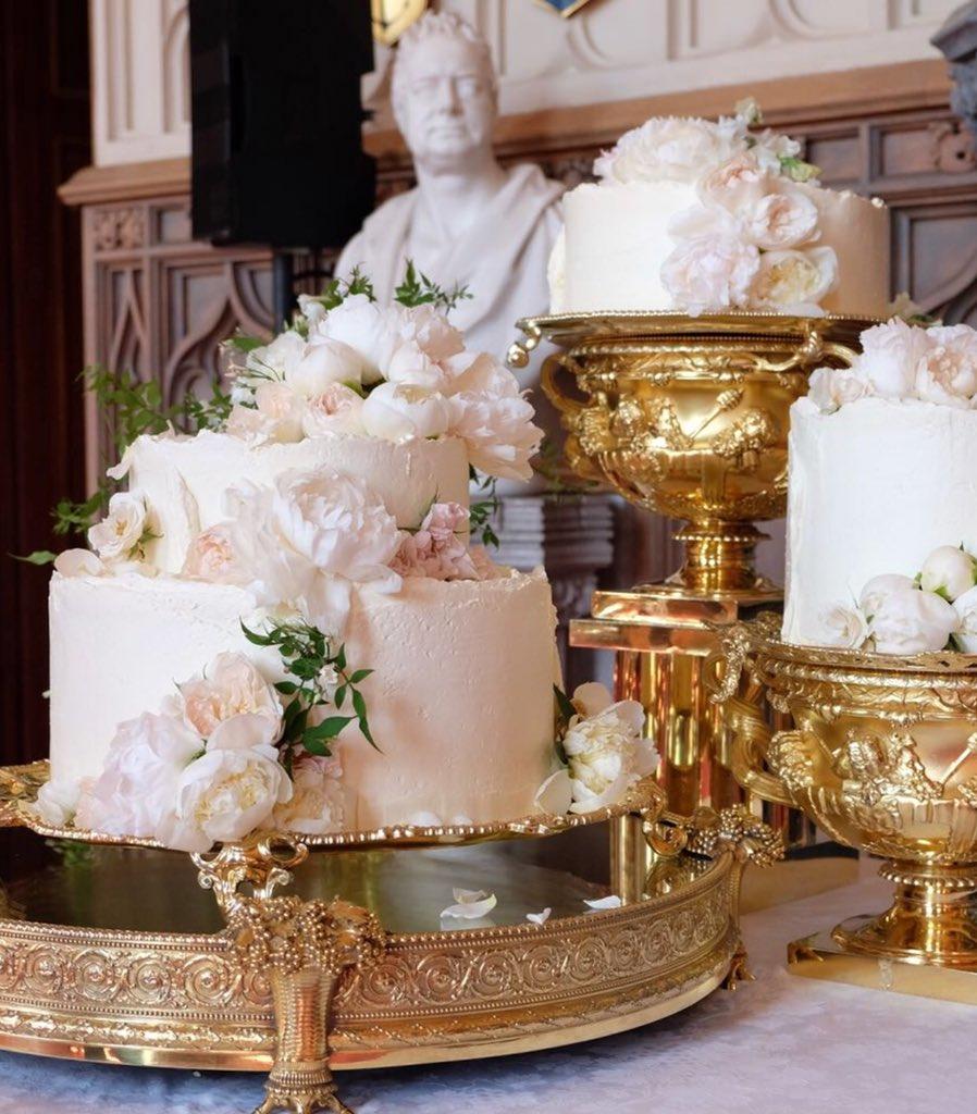 Wer Bekommt Ein Stuck Von Der Hochzeitstorte Von Harry Meghan